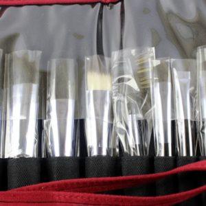 ชุดแปรงแต่งหน้าพร้อมกระเป๋า SHISEIDO EXCLUSIVE BLUSH SET 9 PCS