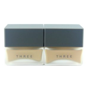 รองพื้น THREE FLAWLESS CREAM FOUNDATION
